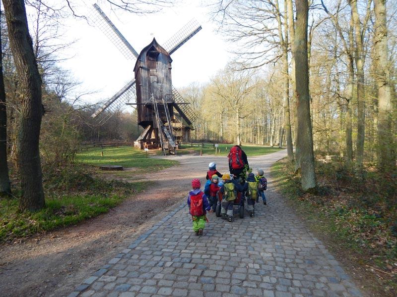 Bild-2-Weg-durchs-Freilichtmuseum-