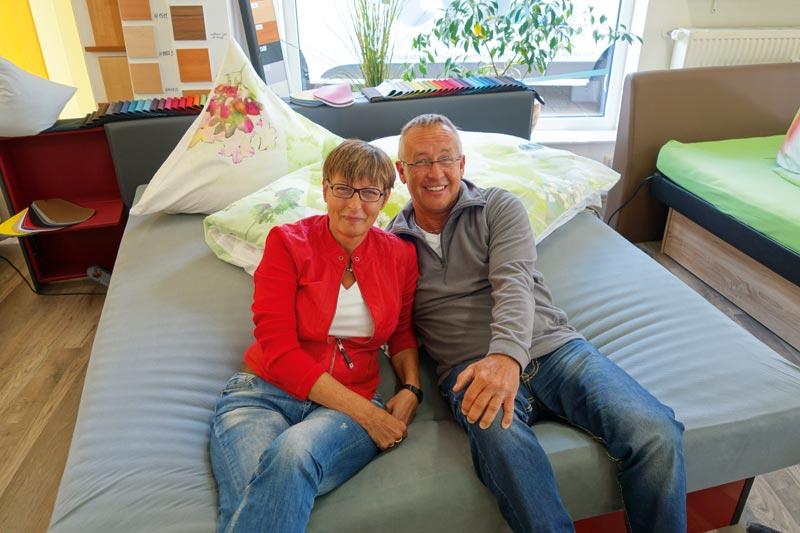 wasserbett boxspring matratzen in simmerath eifel. Black Bedroom Furniture Sets. Home Design Ideas