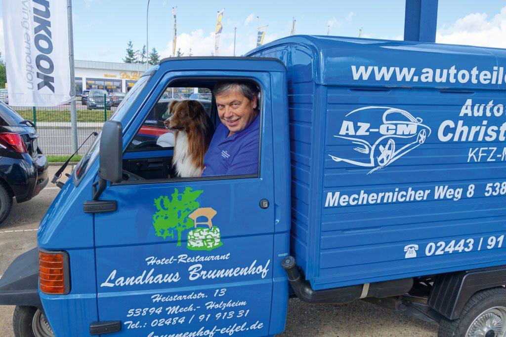 Meurer_Autoteile_Kommern_Werbung_Hund