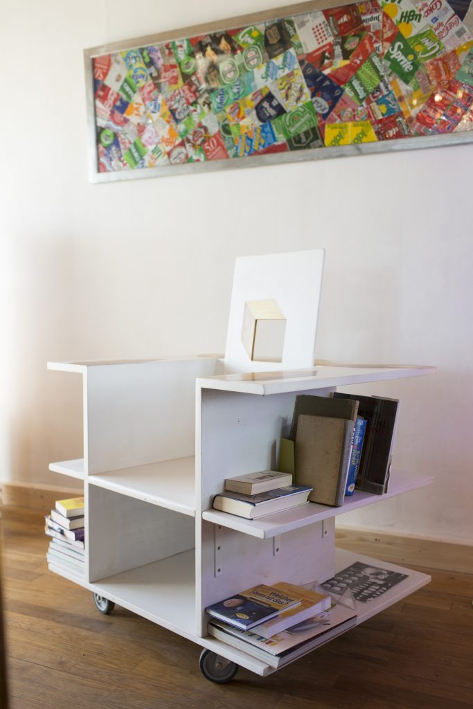 Atelier Gesamtkunst: Die fahrbare Bibliothek von Dieter Hofmann