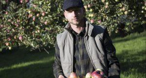 Obstbaumwart Marcel Kronenberg aus Kall-Scheven