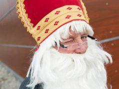 Der Nikolaus vom Weihnachtsmarkt am Rursee