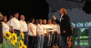 Der Eifelchor unter der Leitung von Daniel Wiegand.