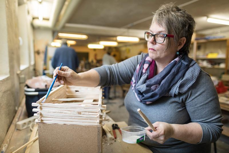 Krippenfreunde Eifel: Handwerkliches Geschick braucht's schon