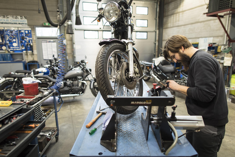 Dimitri Perea: Schrauber aus Leidenschaft bei Moto Visé
